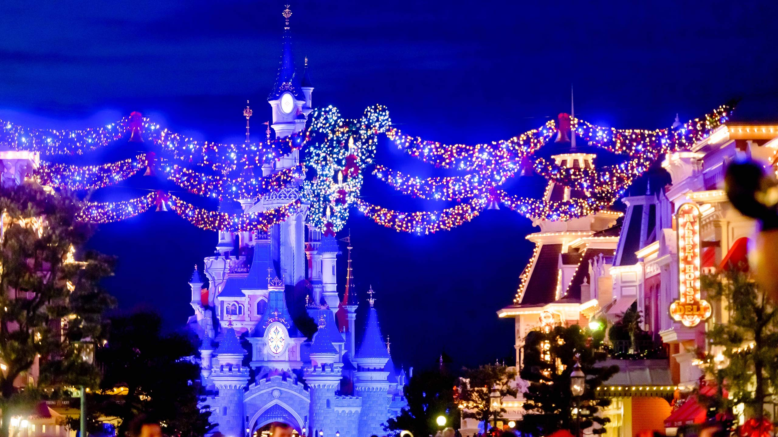 All Activities Disneyland Paris - What city is disneyland in